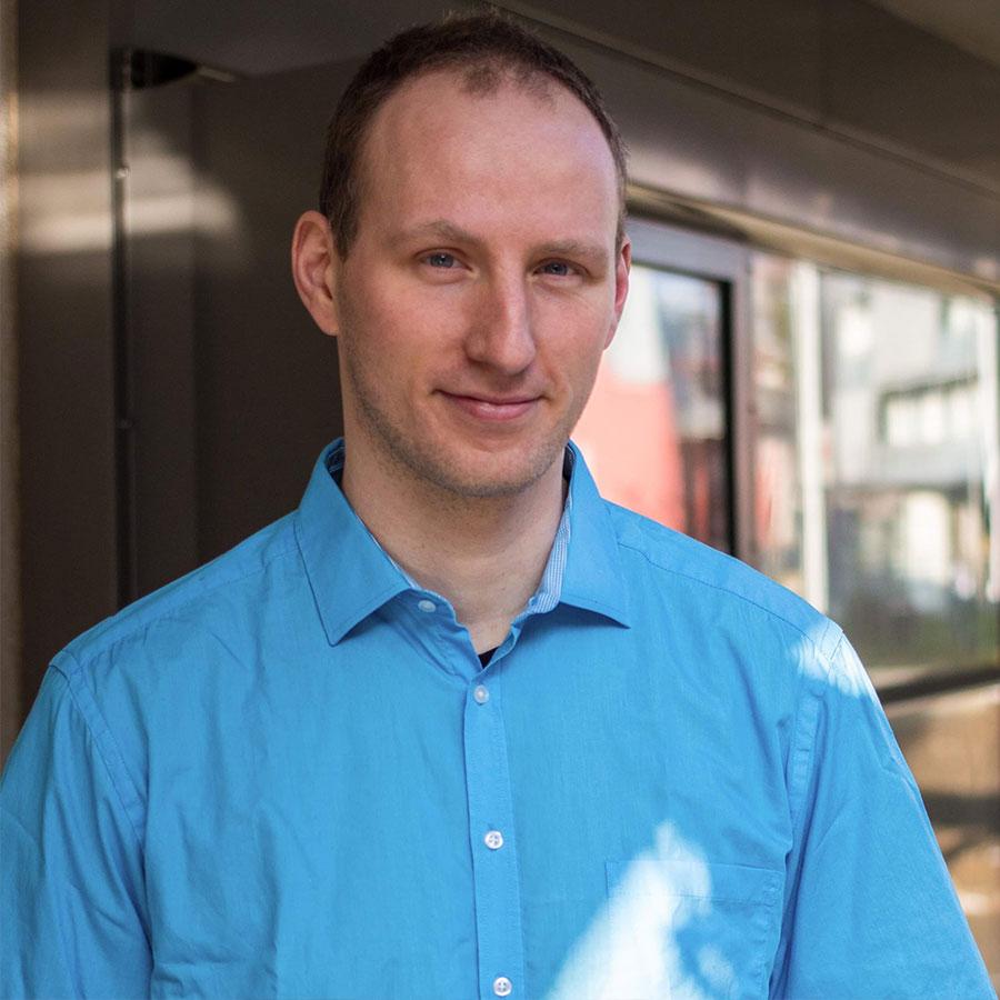 Kundenmeinung von Mark Staskiewicz, leitet einen Wohnverbund der Lebenshilfe, ist Supervisor, Organisationsentwickler sowie Autor.